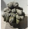 Panier de fruits en pierre de Vicenza sculptée