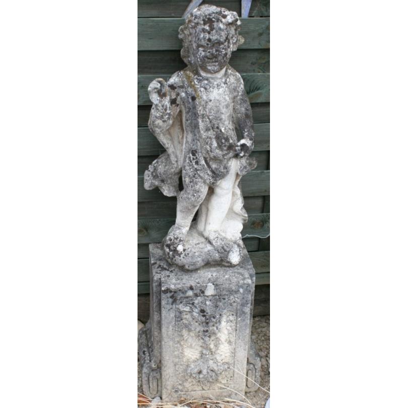 """Sculpture """"Chérubin"""" en pierre avec socle"""