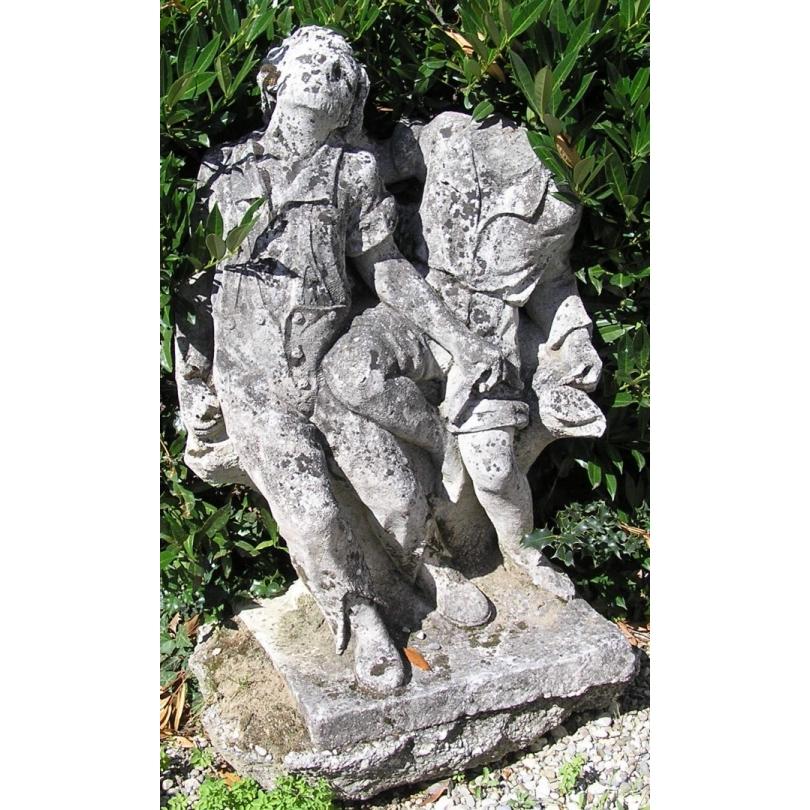 """Sculpture """"Enfants jouant"""" en pierre"""