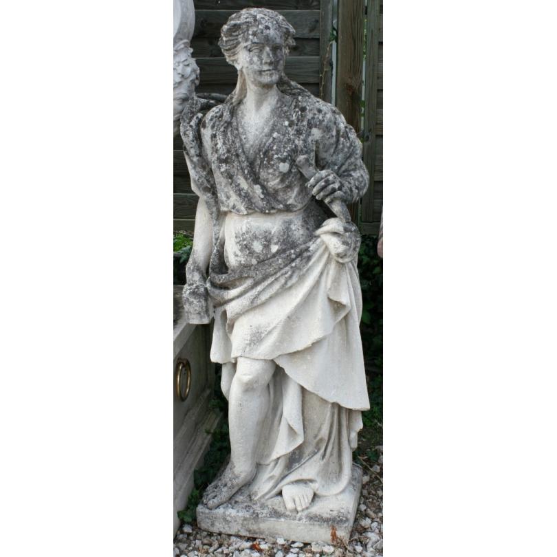 """Sculpture """"Femme au marteau"""" en pierre"""