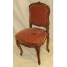 Chaise Louis XV recouverte de velours rose