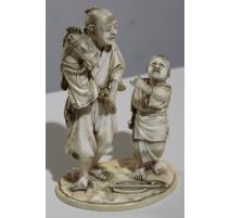 """Sculpture en ivoire """"Marionette cheval"""""""