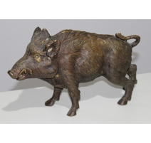 Sanglier marchant en bronze