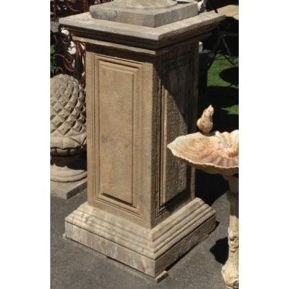 Paire de colonnes carrées en pierre