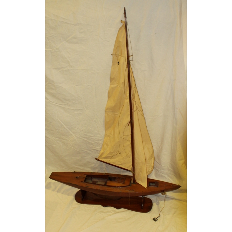 """Maquette de bateau à voile bordé """"Fleur bleue"""""""
