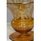 Coupe sur pied en verre jaune de bohème gravé