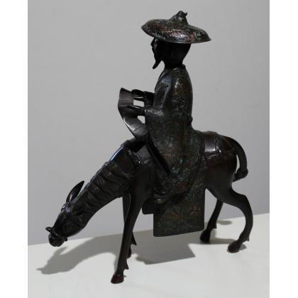 Toba sur sa mule en bronze cloisonné