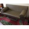 Canapé 2 places en cuir gris, armature en bois