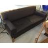 Canapé 3 places en cuir brun, armature en bois