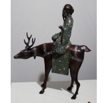 Toba sur son renne en bronze cloisonné