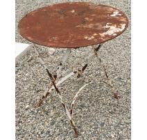 Table en fer forgé ronde pliante