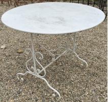 Table ronde en fer forgé pliante
