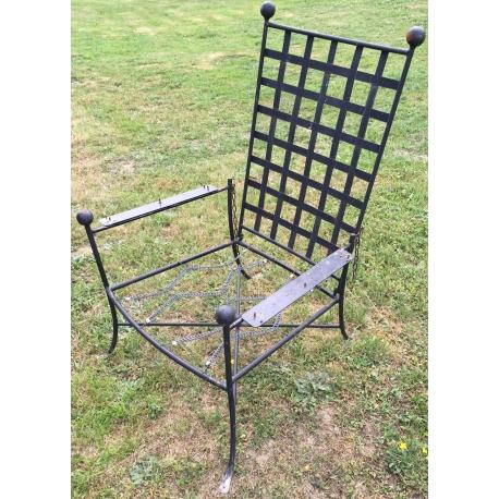 fauteuil bas de jardin en fer forg noir sur moinat sa antiquit s d coration. Black Bedroom Furniture Sets. Home Design Ideas
