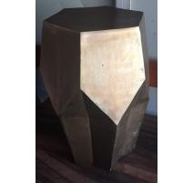 Table d'appoint hexagonale en fer doré