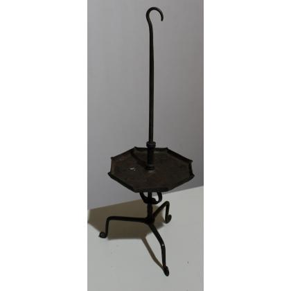 Porte chandelles en fer forgé à 8 bras