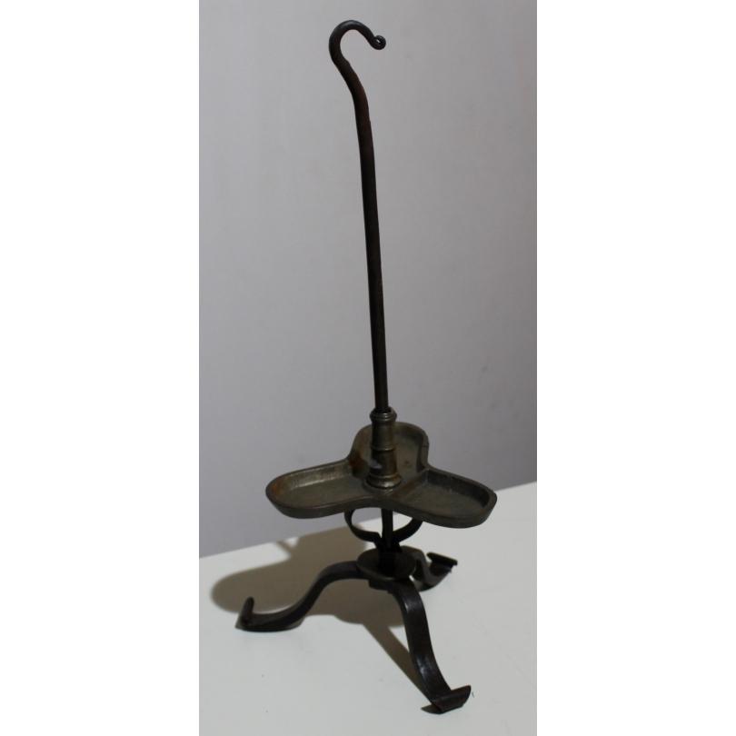 Porte chandelles en fer forgé et bronze à 3 bras