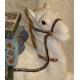 Chameau en céramique vernissée blanche