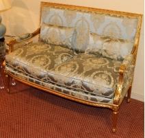 Salon style Louis XVI en bois doré