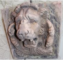 """Plaque murale de Fontaine """"Lion"""" en terre cuite"""