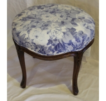 Tabouret rond style Louis XV recouvert de tissus