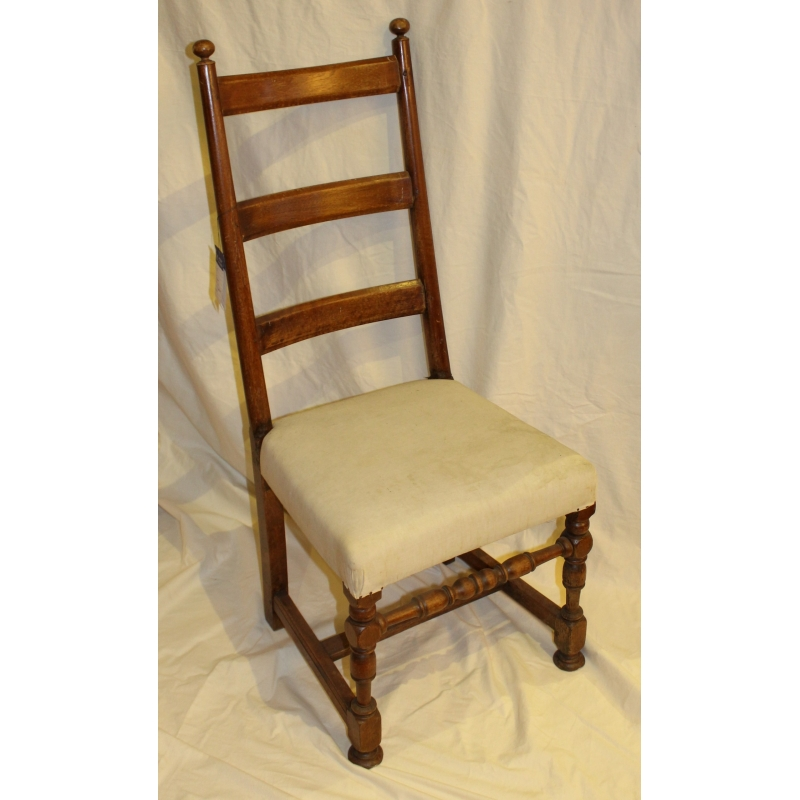 Chaise louis xiii en ch ne sur moinat sa antiquit s for Chaise en chene