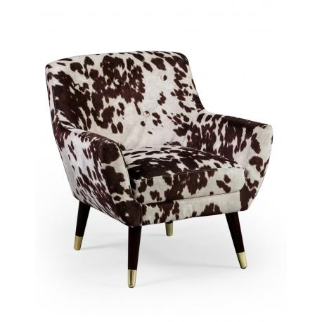 chaise en peau de vache trendy fauteuil peau de vache marron fonc et blanc with chaise en peau. Black Bedroom Furniture Sets. Home Design Ideas