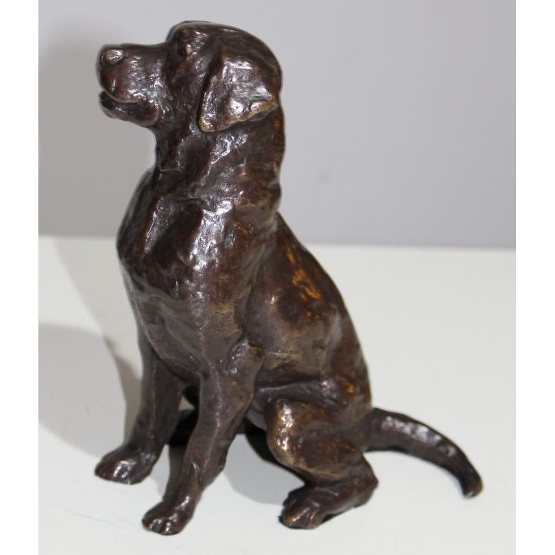 Chien en bronze