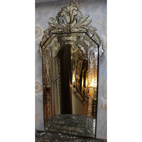 miroir v nitien de murano au verre grav de fleurs moinat sa antiquit s d coration. Black Bedroom Furniture Sets. Home Design Ideas