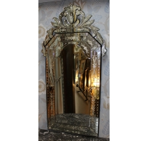 Miroir vénitien de Murano au verre gravé de fleurs