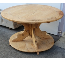 Table ronde rustique en sapin