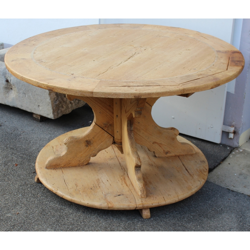 Table ronde rustique en sapin moinat sa antiquit s for Table ronde rustique