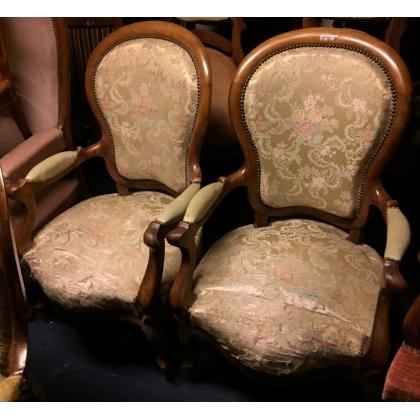 Paire de fauteuils Napoléon III, tissus à fleurs