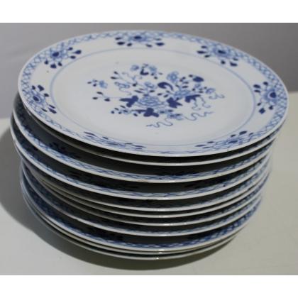 Assiette en porcelaine décor fleurs bleues