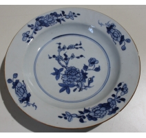 Assiette creuse en porcelaine décor fleurs