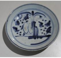 Petite assiette décor arbre bleu