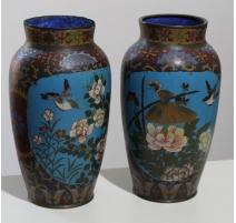 Paire de vases cloisonnés décor oiseaux