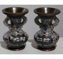 Paire de vases cloisonnés décor dragons