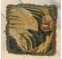 Coussin en tapisserie ancienne