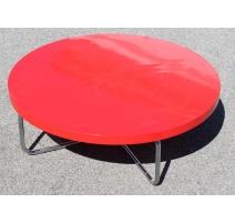 Table basse en tubes chromés et plateau rouge