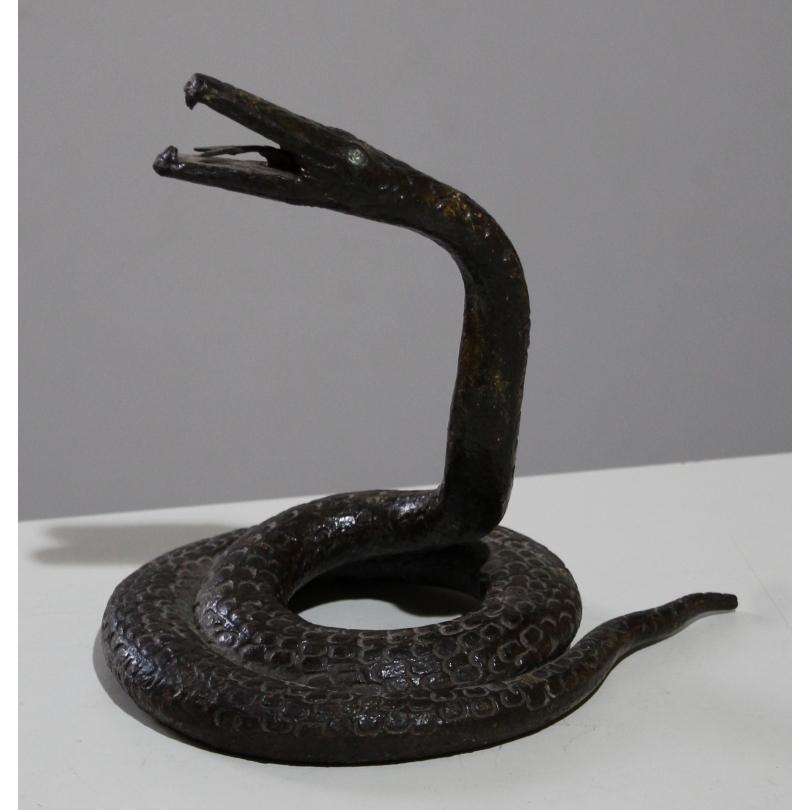 Serpent lové en fer forgé martelé, yeux strass