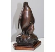 "Bronze ""Pingouin et son petit"""