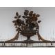 Console en fer forgé décor d'urne aux fleurs