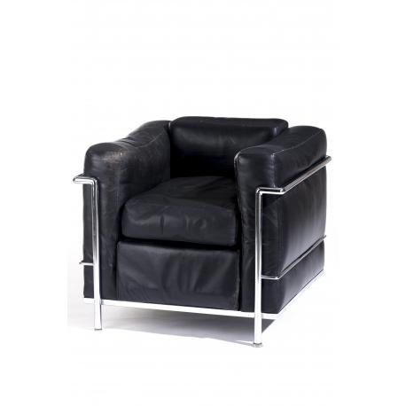 Le Corbusier Lc2 Fauteuils.Fauteuil Lc2 En Cuir Noir Et Metal Chrome Moinat Sa Antiquites Decoration