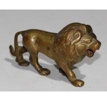 Petit Lion en bronze