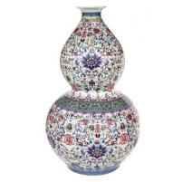 Vase en double gourde décor famille qianlong