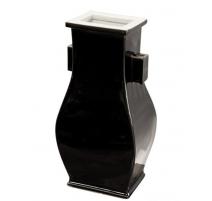 Vase à oreilles rectangle en porcelaine noire