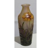 Vase soliflore décor émaillé signé DAUM