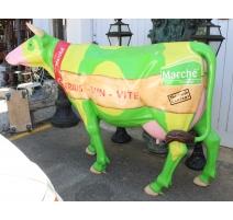 Vache en résine taille nature décor Marché