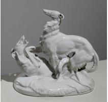 """Groupe en porcelaine blanche """"Barzoï jouant"""""""