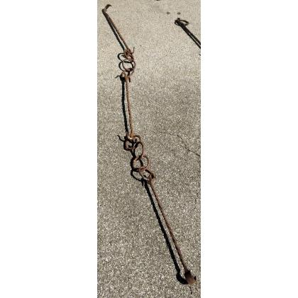 Chaine avec crochet en fer forgé